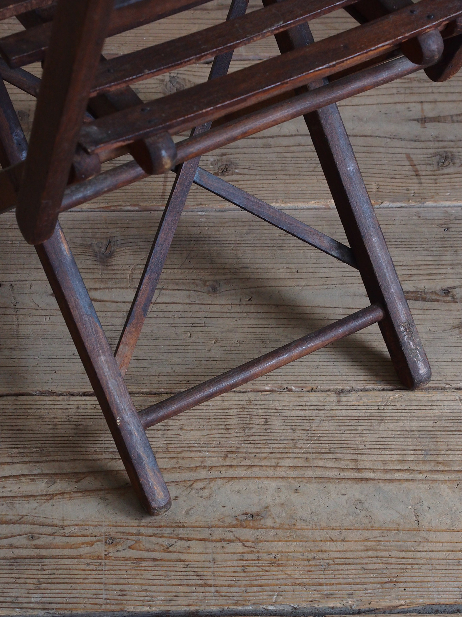 MINI FOLDING CHAIR 034