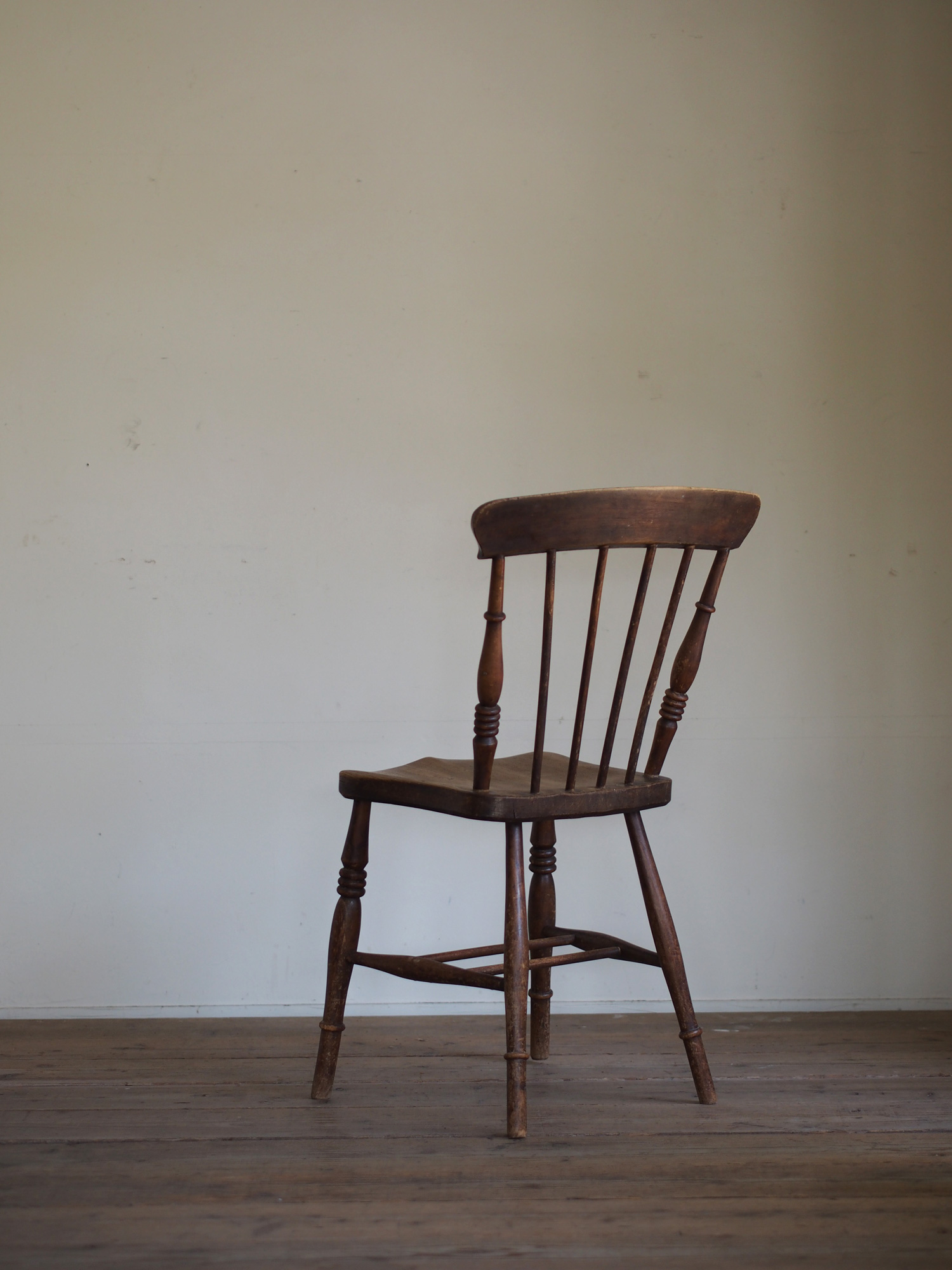 UK CHAIR BR