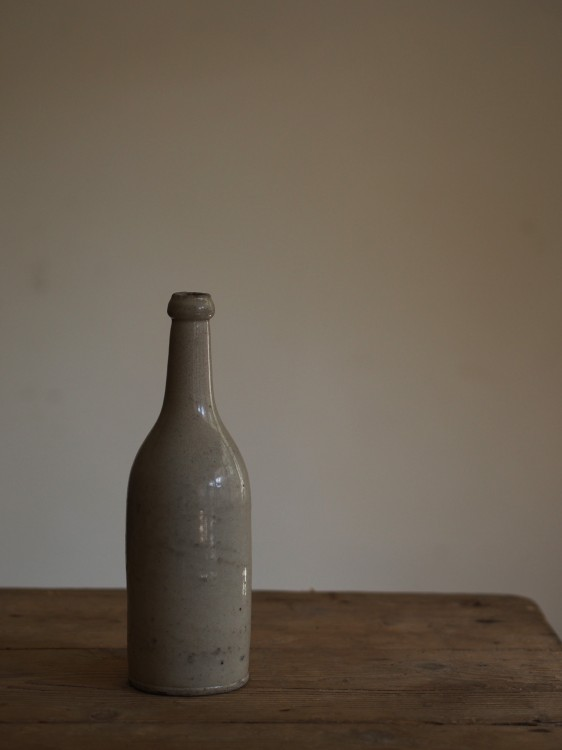 EARTHENWARE BOTTLE PL